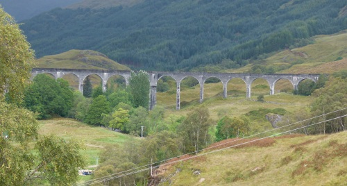 Glenfinnan-Viadukt in Schottland @schottlandrundreise.net