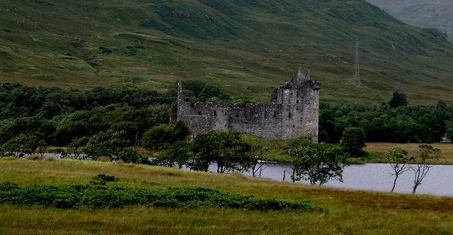 Loch Awe mit Kilchurn Castle flickr (c) wjmarnoch CC-Lizenz