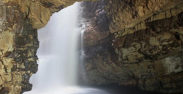 Smoo Cave flickr (c) Nick Bramhall CC-Lizenz